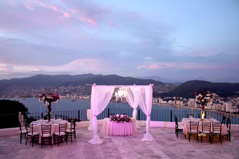 Wedding at Las Brisas Acapulco Hotel