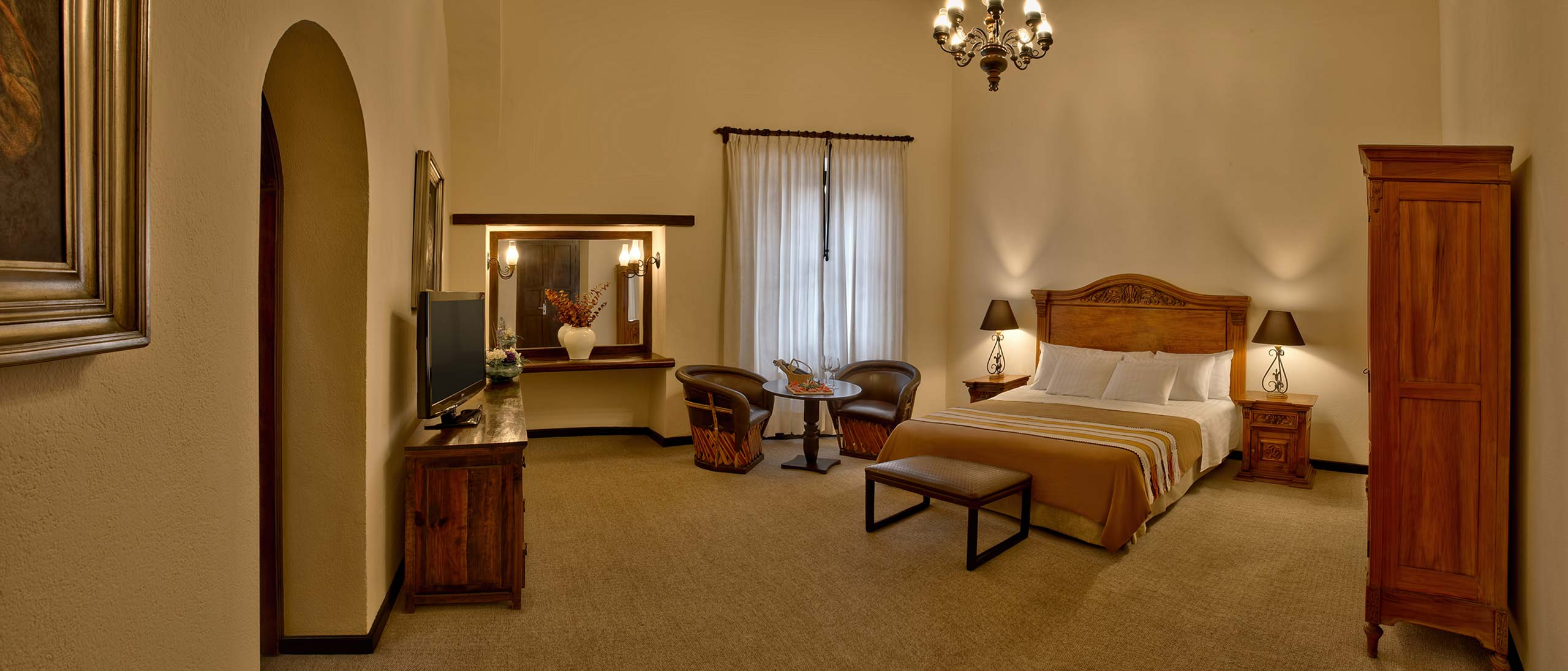 Master Suite one bed Hotel Hacienda Jurica by Brisas Queretaro